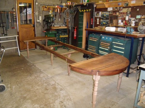 table-6-pieds-macanisme-ouvert-001.jpg