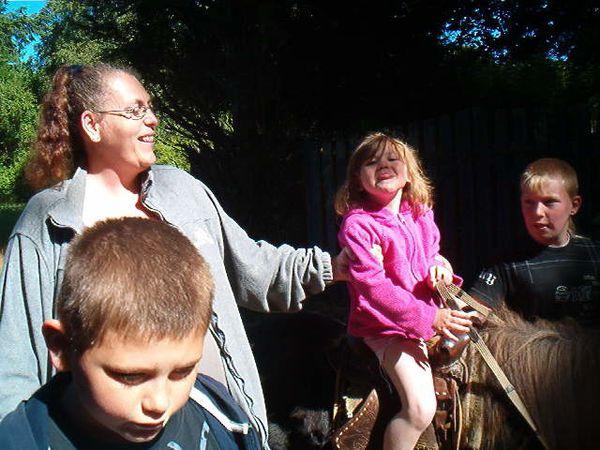 photos du poney25 05 2011 006