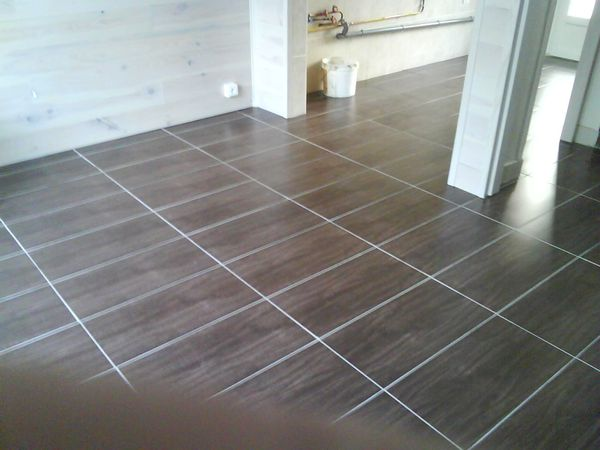 Faire joint carrelage sol castorama prix de la renovation for Joint carrelage sol