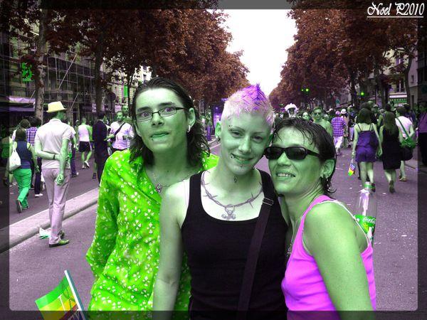 Gay Pride 26 june 2010 (605)rvb inverse