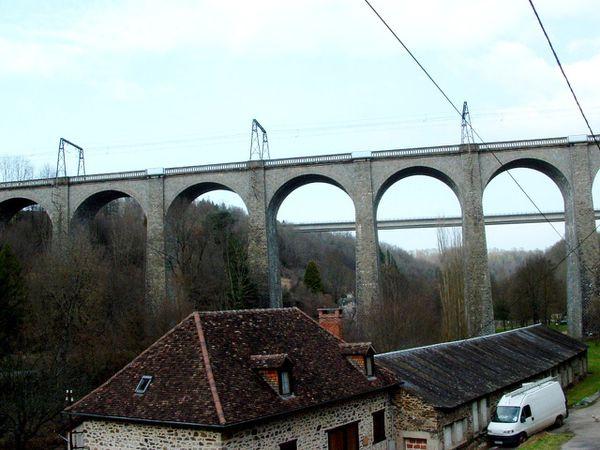 viaduc de chemin de fer (Paris- Toulouse