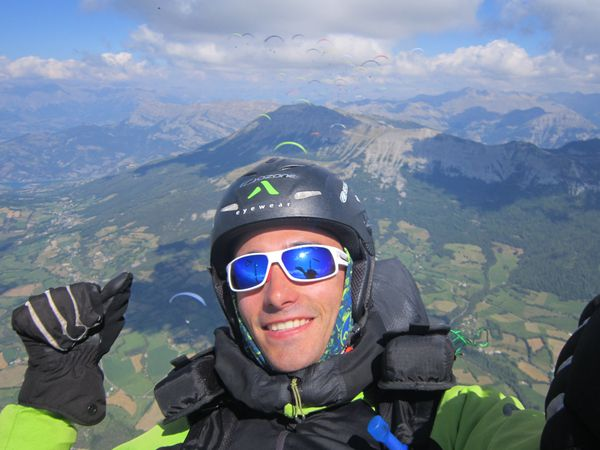 Album-des-plus-belles-photos-en-parapente-2014-IP7 2165