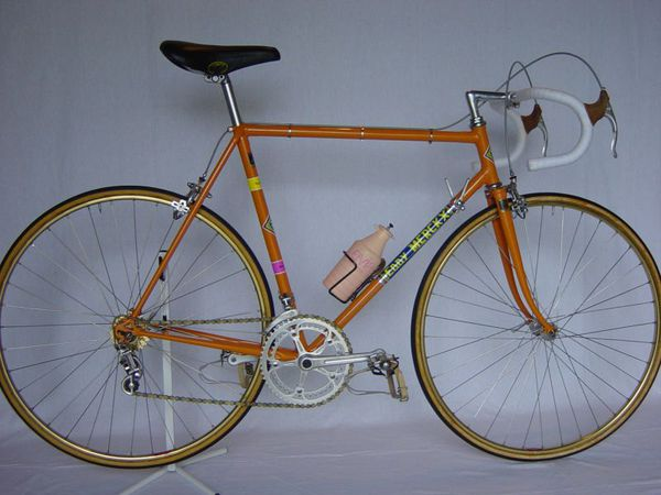 R velo merckx new