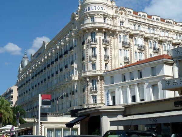 Cannes Hôtel Carton