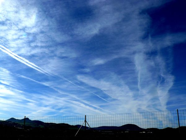 Jean-Claude CHEM-TRAILS 28-10-09