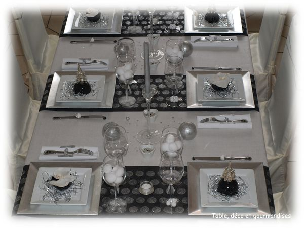 Table paillettes et orchid es pour le r veillon du nouvel an table d co et gourmandises - Deco reveillon nouvel an ...