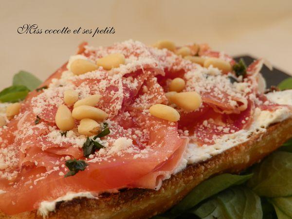 brushetta-ricotta-jambon---tomates-et-basilic--1-.JPG