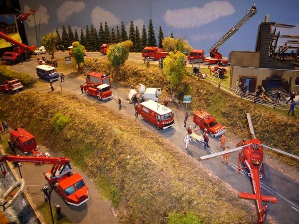 diorama accident pompiers c