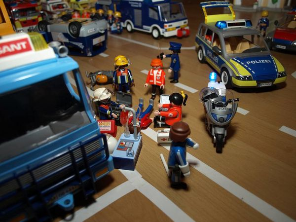 accident-de-la-route-playmobil-a.JPG