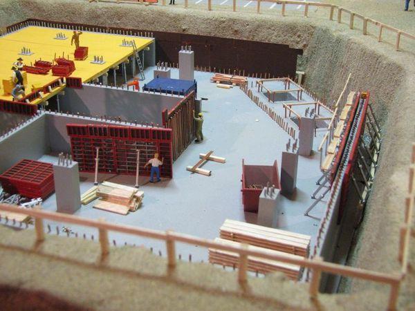 roman photo diorama