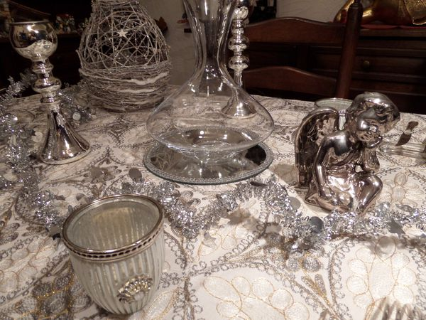 Ma table de reveillon tout en argent et brillance les for Table nouvel an