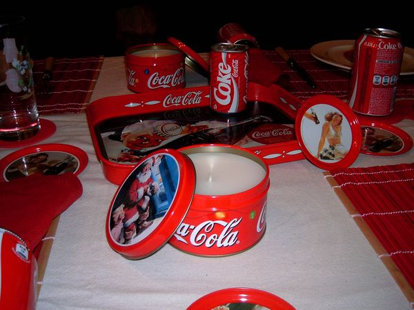 table-coca-cola-004.jpg