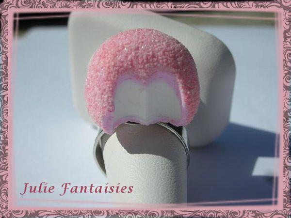 BAF-11-bague-gourmande-bonbon-fraise-tagada-croquee-pink-f.jpg