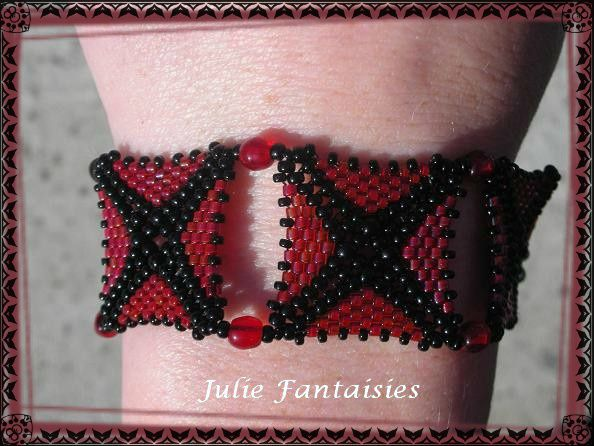 B-44-Bracelet-asteride-rouge-siam-et-noir-jet--3-.jpg
