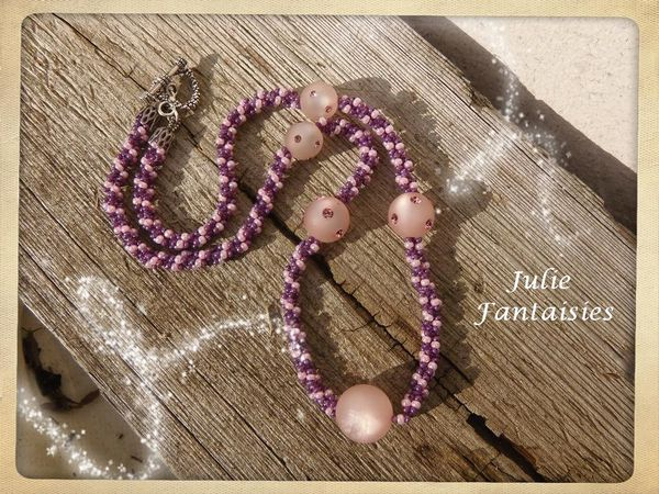 C-81-Collier-mauve---rose-polaris.jpg