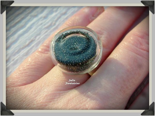 bague-verre-globe-microbilles-no-ires-fimo.jpg