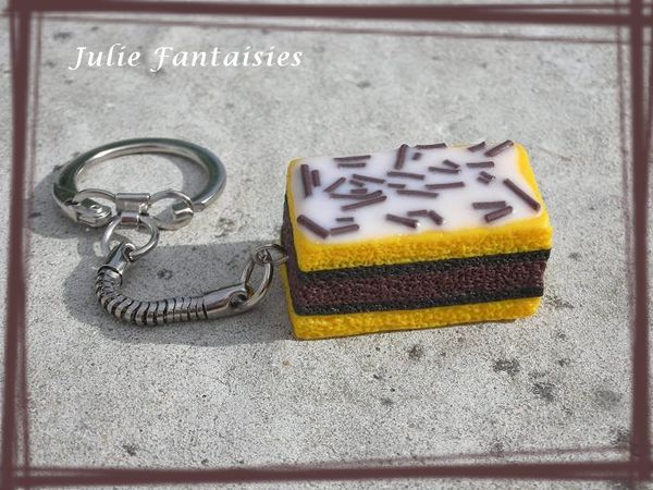 PCF-21-Porte-cle-gourmand-napolitain-en-fimo.jpg