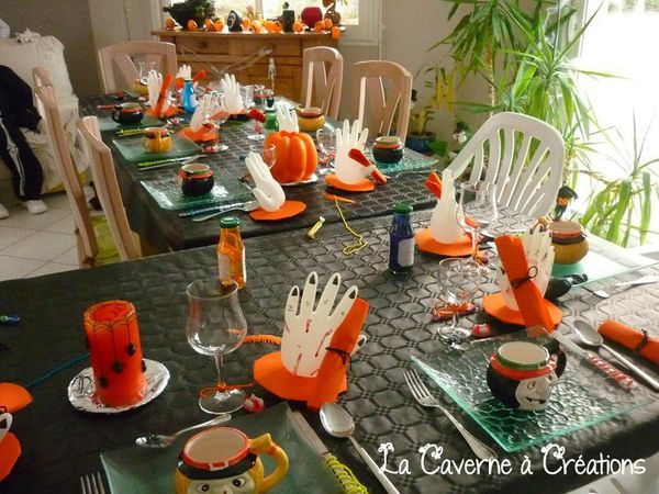 Soir e halloween 2010 le blog de la caverne a creations for Decoration de table halloween