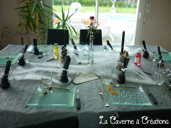 decoration-de-table-halloween-noir