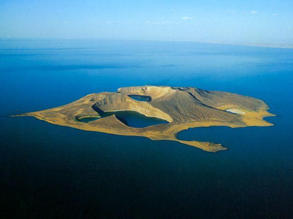 Kenya---Lac-Turkana.jpg