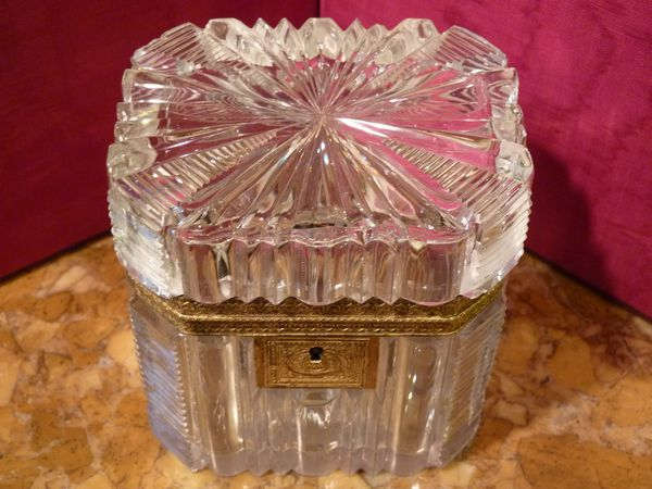 baccarat cistal coffret charles x restauration