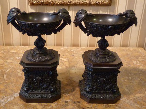 paire coupes bronze néo renaissance antiquaire