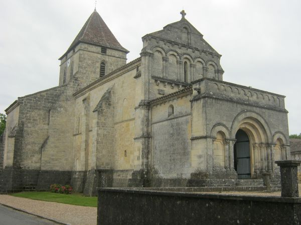 ST PHILIPPE D'AIGHILLE 006