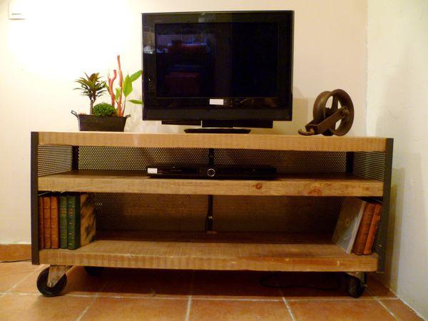 Meuble tele a roulettes id es de d coration et de for Ikea meuble tv a roulettes