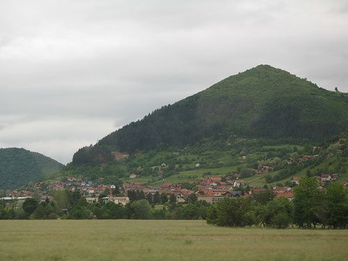 Facts-and-Pictures-of-Bosnian-Pyramid-in-Visoko-Bosnia