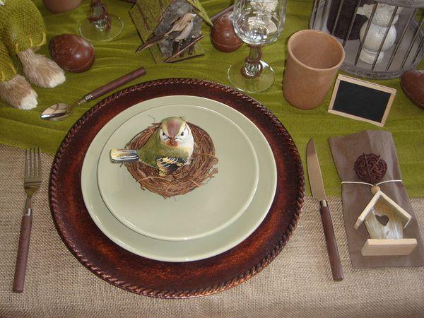 table-la-chasse-aux-oeufs-dans-mon-jardin-2011--15-.jpg