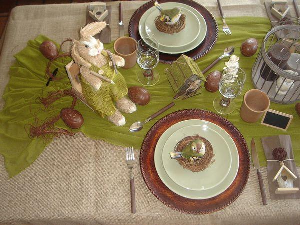 table-la-chasse-aux-oeufs-dans-mon-jardin-2011--2-.jpg
