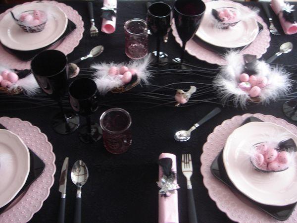 table-Paques-rose-et-noir--5-.jpg