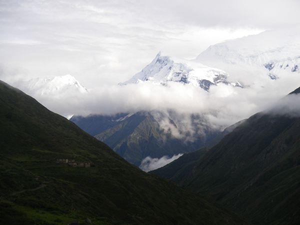 00441---NEPAL---ANNAPURNA-ROUND-TREK--7-.JPG