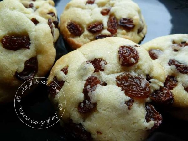 Cookies-raisins-secs-lait-concentre-sucre--1-.jpg