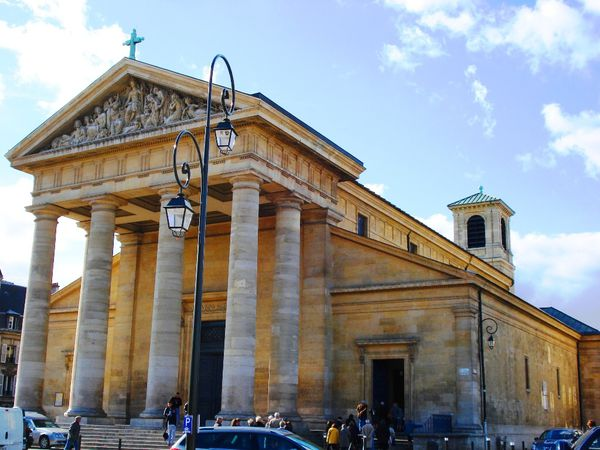 Église Saint-Germain 4 place Charles de Gaulle - 78100 Saint-Germain-en-Laye 01 34 51 99 11