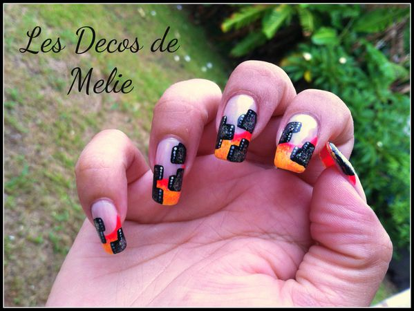 nail-art-french-neon-et-moderne-facon-NG-1.jpg