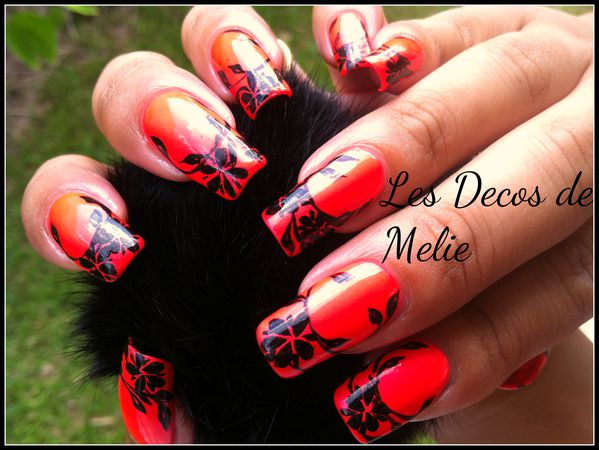 nail-art-orange-fluo-et-branchages1.jpg