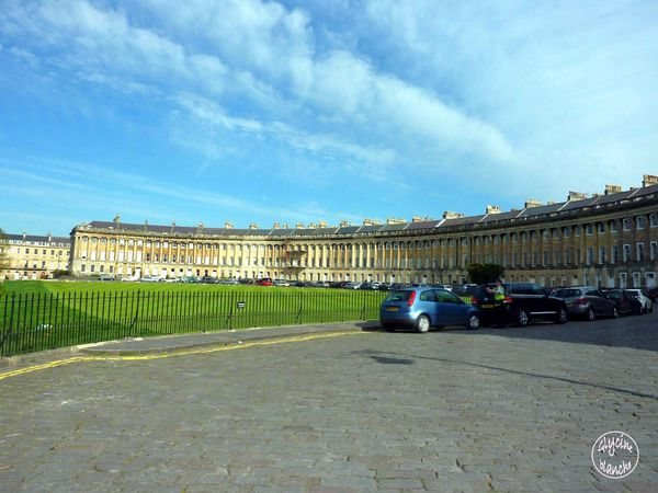 Royal-crescent-1--1600x1200--copie-1.jpg