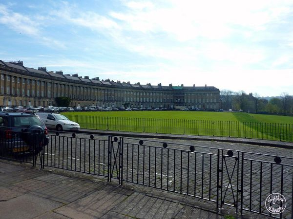 Royal-crescent-BATH-8--1600x1200-.jpg