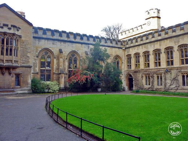 BALLIOL-COLLEGE-OXFORD-3--1600x1200-.jpg