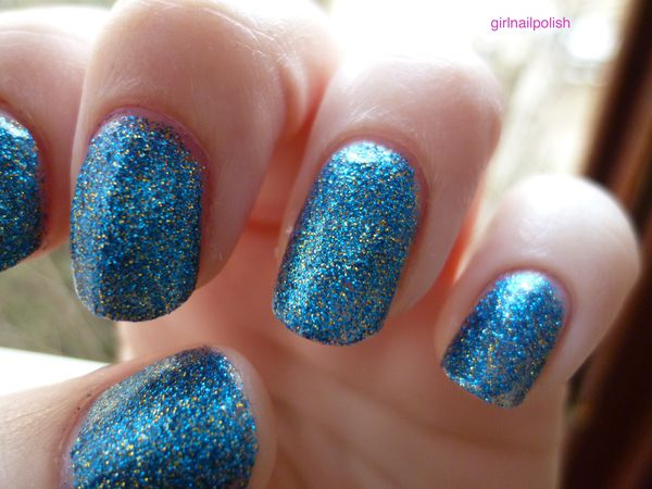 OPI absolutely alice 2