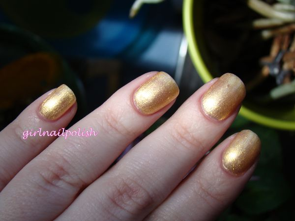 chanel goldfingers4