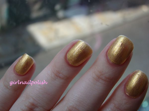 chanel goldfingers7