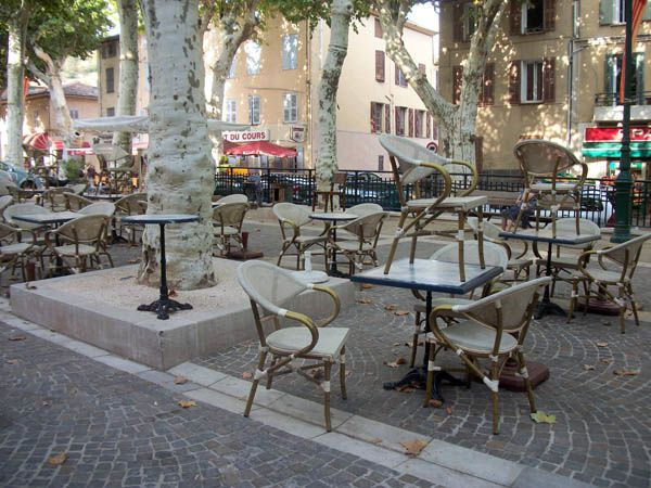 cotignac-provence-var--terrasse-.jpg