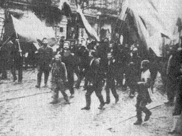 (1905. St-Petersbourg, Russie) Le Dimanche sanglant