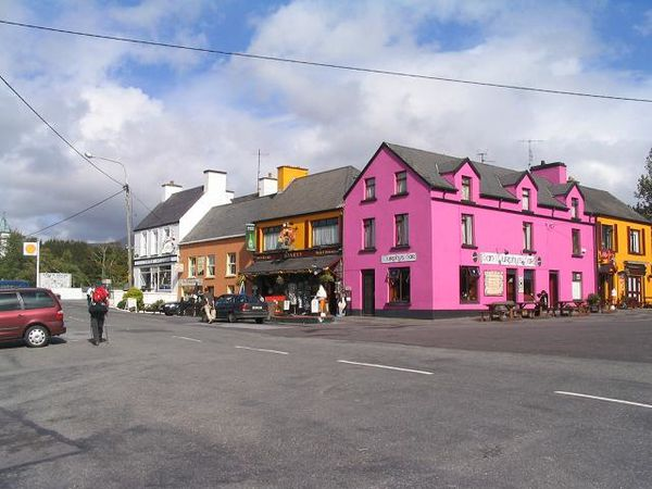 Village_of_Sneem-_Co._Kerry_-_geograph.org.uk_-_250379.jpg