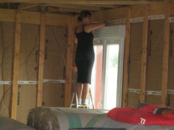et c 39 est parti pour l 39 int rieur de la maison avec l 39 isolation des murs le blog de. Black Bedroom Furniture Sets. Home Design Ideas