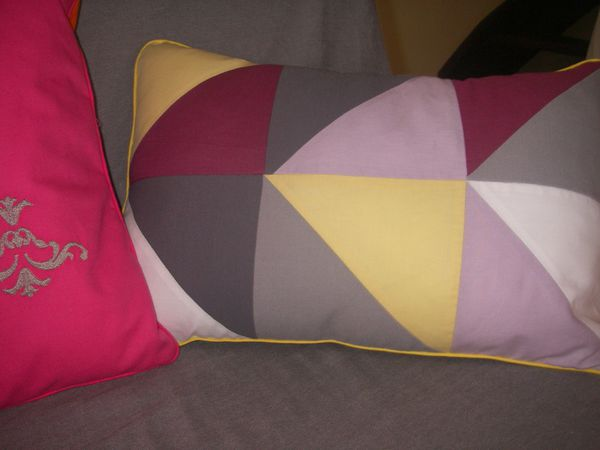 coussin-triangle-002.JPG