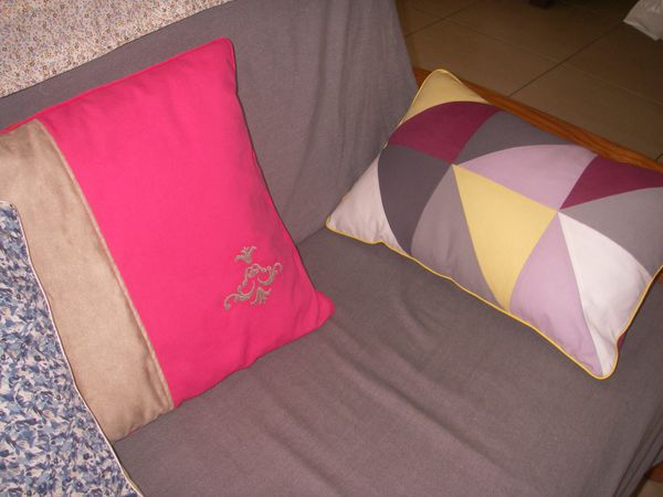 coussin-triangle-007.JPG