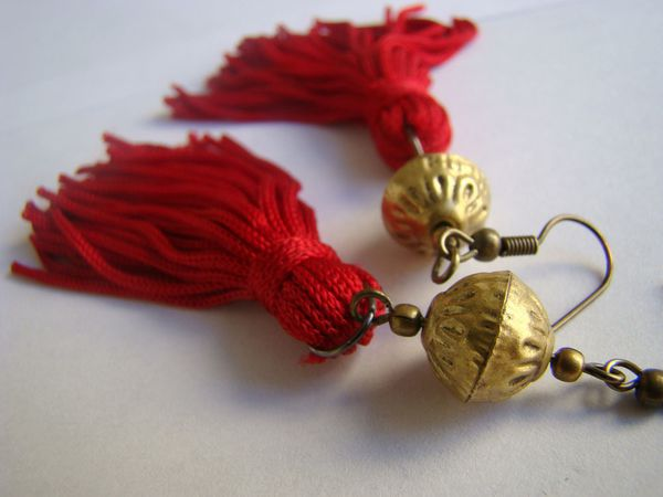 ponpon-rouge-or.jpg